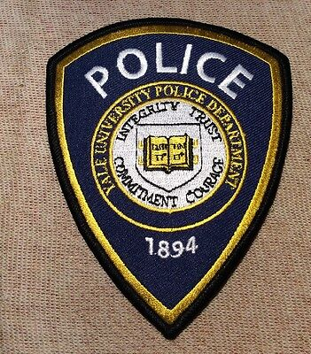 CT Yale University Connecticut Police Patch