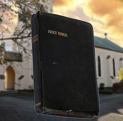 The Holy Bible Old & New Testaments Collins Clear Type Press