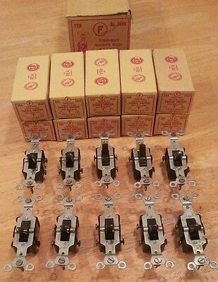 10 Vintage Antique Circle F Bakelite 3 Way Switches in Original Boxes • CAD $37.93