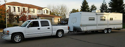 2004 Skyline Aljo Lite 259Lt 26' Travel Trailer With Slide Includes Tow Hitch