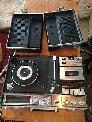 Sanyo Portable Record Tape Player Vintage Radio Collectable Sound System