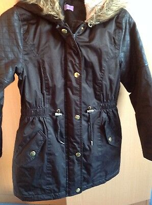 Girls coat 9/10 exc cond