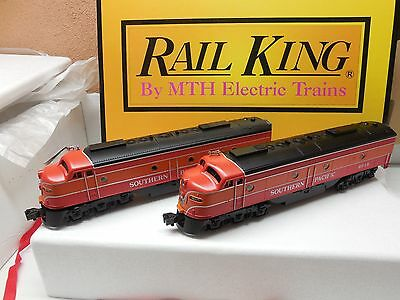 O Scale  MTH 30-2141-0 Southern Pacific E8 AA Diesel Locomotive Set