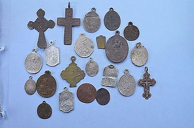 Medieval Christianity Cross & Medalions Pendant lot. 17-18 cent