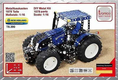 Tronico New Holland Tractor Metal Kit T8.390 Scale 1:16 T10055