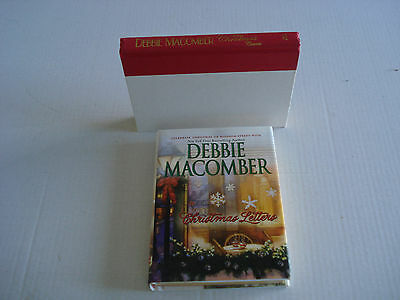 Lot of 2 Debbie Macomber Books, CHRISTMAS LETTERS, WHEN CHRISTMAS COMES