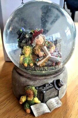 KIM ANDERSON Hards Day Work 6225 Snow Globe