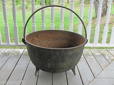 Antique Cast Iron Hugh Size Footed Kettle Cauldron Pick Up Only upstate NY