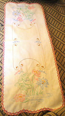 Vintage Embroidered Table Runner with Crocehted Trim