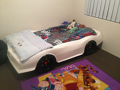 White Racing Car Single Bed - Located in Meadow Springs, WA