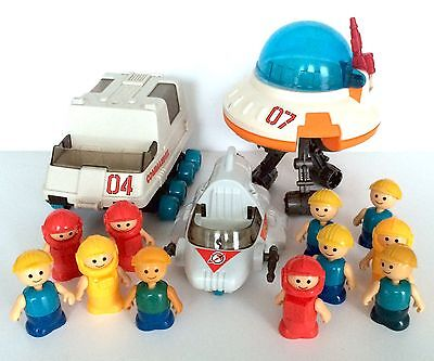 Vintage Lil' Playmates Space Toy Lot Figures Rover Flying Saucer Spaceship 1984