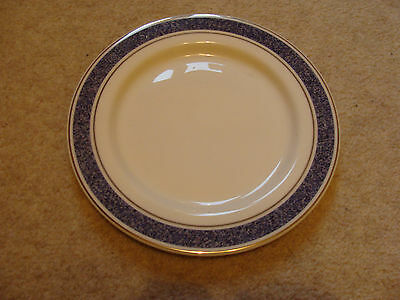Royal Doulton English Fine China 8 piece Dinner plates (British Airways)