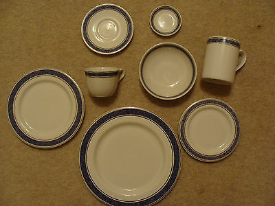 Royal Doulton English Fine China 8 piece Dinner Service (British Airways)