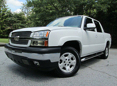 2006 Chevrolet Avalanche 06 CHEV AVALANCHE 1500 LT Z71 4X4 2 OWNER CLEAN CARFAX 1500 4X4 LT Z71 V8 HTD LEATHER NAVIGATION SUNROOF NEW TIRES