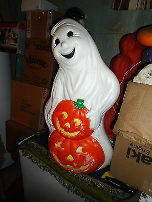 Vintage Smiling Ghost W/2Pumpkins Blowmold Lighted  Very Rare Design