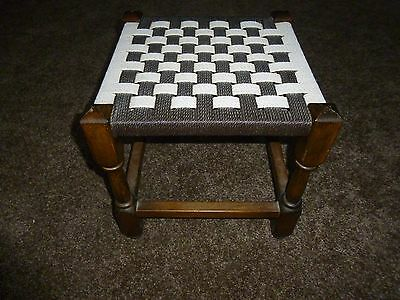 Vintage  Collectable  Wooden   Rush  Style Seated Stool 28.5 Cm Tall