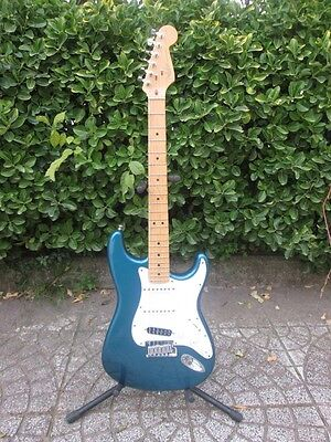 1998 Fender American Standard Stratocaster Lake Placid Blue Made in USA