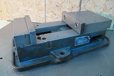"KURT 6"" VISE D60    ""Made in U.S.A."""