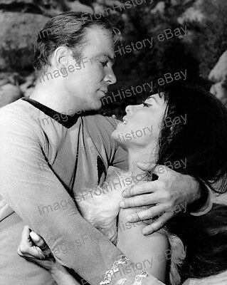 8x10 Print William Shatner Nancy Kovack Star Trek 1968 #WS1