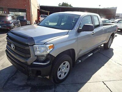 2014 Toyota Tundra SR5 Double Cab 5.7L 2014 Toyota Tundra SR5 Double Cab Damaged Salvage Priced to Sell Wont Last L@@K!