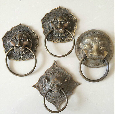 antique (4)  The ancient Chinese have mask of holy things