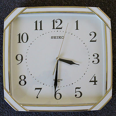 Seiko Quartz Analogue Wall Clock in Ivory & Gold c.1970s