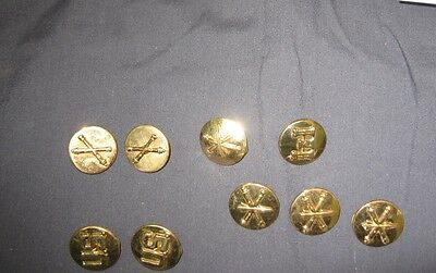 A lot of 8 current miliatary buttons US Army and 1 vintage button AD12
