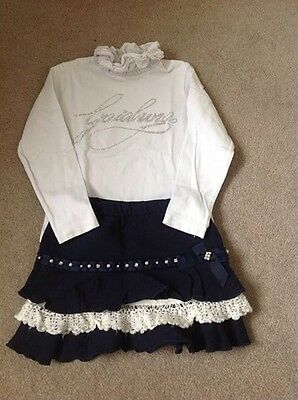 Artigli navy and cream skirt and top set size 36M