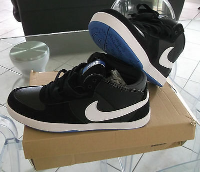 nike mavrk mid 3 # EUR 44  size 10  UK 9  sneakers baskets chaussures
