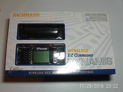 365055 Bachmann E-Z Command Dynamis DCC System and 36-561 Dynamis Point Decoder