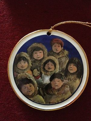 CHRISTMAS ORNAMENT C. Alan Johnson Alaska Classic/Disc Ornament Inuit Children 1