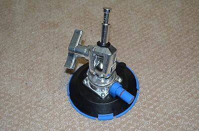 Brand New Avenger F1000 Pump Cup with Baby Swivel Pin