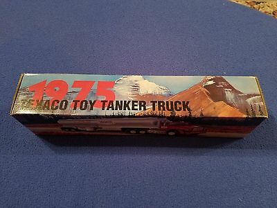 Texaco Fuel Gas Truck Tanker 1995 Edition 1975 Toy Tanker