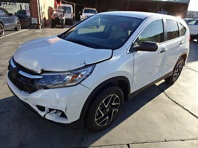2016 Honda CR-V SE  2016 Honda CR-V SE Salvage Wrecked Repairable! Priced To Sell! Wont Last! L@@k!!