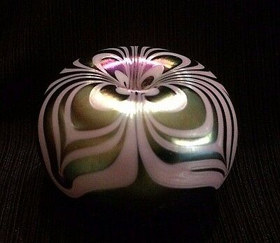 SIGNED! Terry Crider Small Iridescent Green Feather-Lobed Paperweight Dated '77