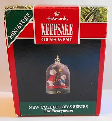 """1992 Hallmark Miniature Ornament """"The Bearymores"""" First in Series"""