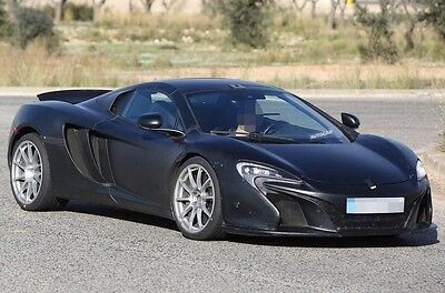 2016 McLaren Other 2 Door Coupe Limited-Edition 2016 McLaren 675LT Coupe, Full Leather Interior, Only 600 Miles