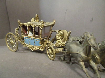Vintage 1937 Britains Ltd Coronation Coach With King, Queen And Two Horses