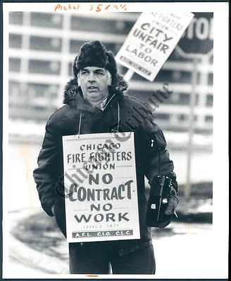 CT PHOTO ano-204 Chicago Firefighter's Union 1980