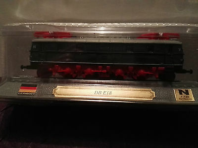 Del Prado N Gauge Model Train On A Plinth. Germany. DB E18. Scale 1:160. G=9mm