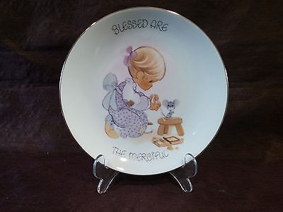 """1999 """"Blessed Are The Merciful"""" Precious Moments Enesco Collectors Plate"""