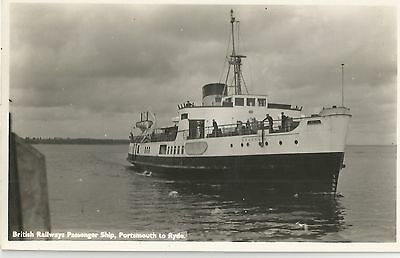 Ryde To Portsmouth Br Ferry Isle Of Wight  Old  Postcard   Real Photo