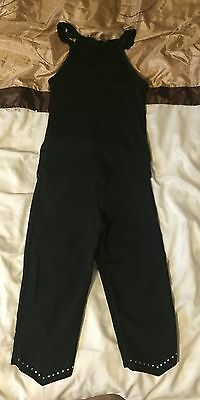 Girls black vest top and 3/4 Length Trousers Age 5-6 years.