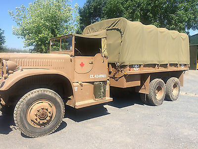 1942 WW2 Diamond T Truck in Canadian Colours