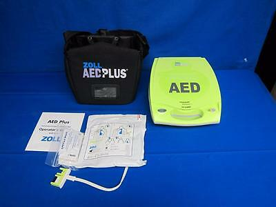 ZOLL AED PLUS Defibrillator with New 2019 Pads & Carrying Bag