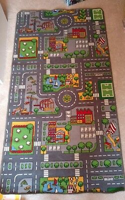 Large playmat/rug with road/town map pattern