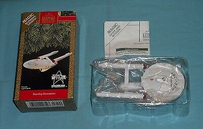 vintage 1991 STAR TREK STARSHIP ENTERPRISE Hallmark Keepsake Christmas ornament