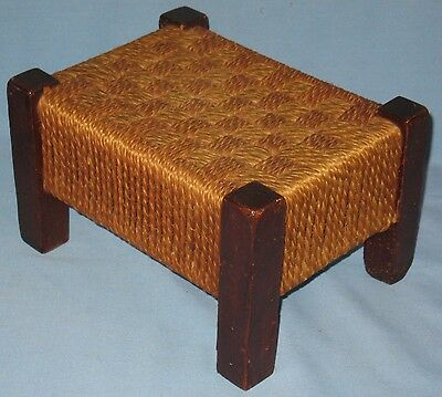 VINTAGE ARTS & CRAFTS STYLE FOOTSTOOL PINE FRAME w/WOVEN JUTE CORD TOP & SIDES