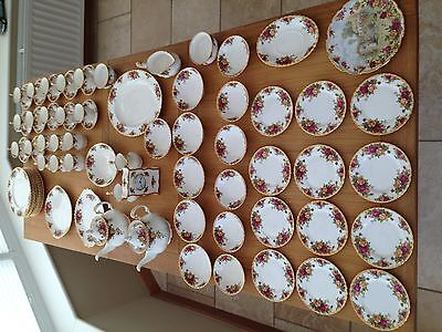 """Royal Albert """"Old Country Roses"""" 80 piece set"""