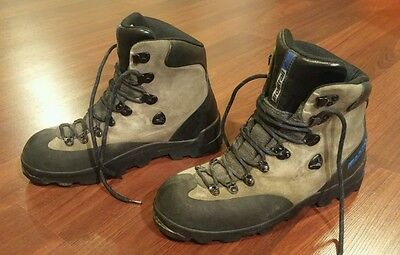 Montrail Olympus Mountaineering Boots - Men's Size 10 - GUC